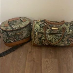 Vintage American tourister floral tapestry bags
